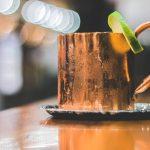 11 bienfaits étonnants de l'eau potable dans un récipient en cuivre