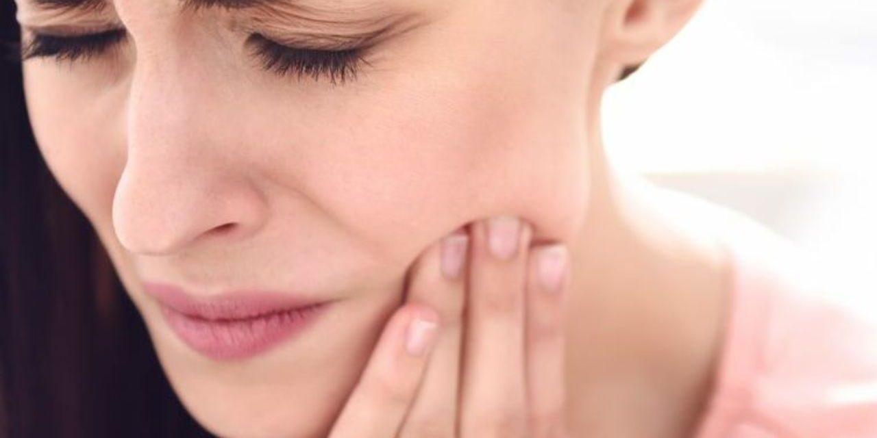 Qu'est-ce qu'un écarteur de joue dentaire